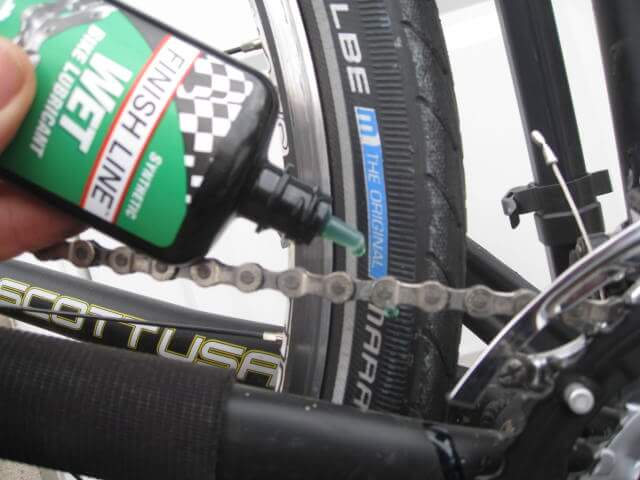 lubricating bike chain with wd40